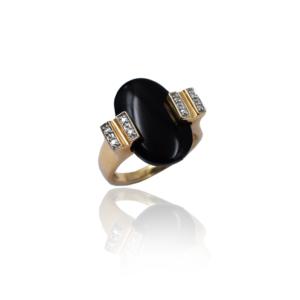 טבעת זהב עם אוניקס ויהלומים דגם WBR1121
