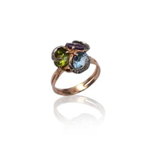 Золотое кольцо с натуральными камнями модель WR889